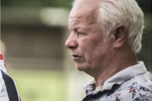Har Peulen (69) wil Asenrayse jeugd klaarstomen voor eerste elftal: 'Het gaat allemaal om de jeugd, niet om mij'