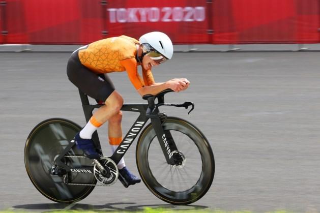 Oppermachtige Annemiek van Vleuten snelt naar olympisch goud in tijdrit, Anna van der Breggen pakt brons