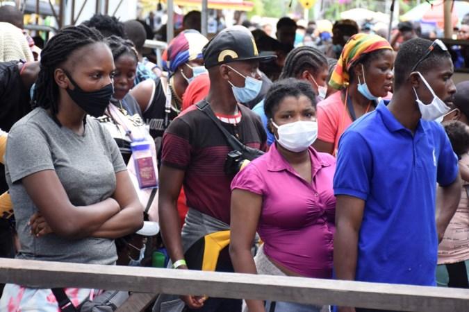 Tienduizenden migranten op weg naar Verenigde Staten via gevaarlijke Panamese jungle