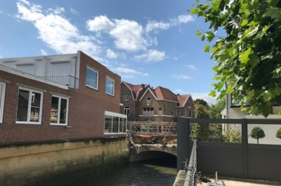 Gehannes met noodtrapliftjes aan de Oranjelaan in Valkenburg