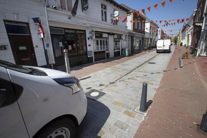 Ondernemers in centrum Weert blijven nog verstoken van nachtkoerier, beslissing gemeente over zakpaaltjes uitgesteld