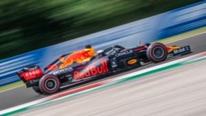 Fluitconcert bij pole-position Hamilton, Verstappen start vanaf derde plek