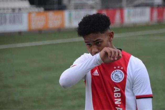 'Ajax-talent Noah Gesser (16) omgekomen bij auto-ongeluk'
