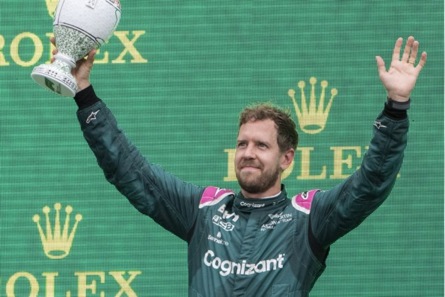 Sebastian Vettel gediskwalificeerd, Lewis Hamilton vergroot voorsprong op Verstappen