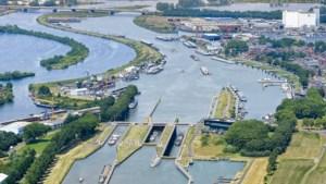 Maasbracht aast op duurzaam tankstation voor schepen in haven