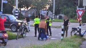 Fietsster wil opstappen maar raakt gewond op Randweg Zuid in Nederweert