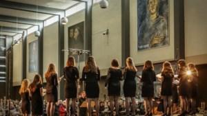 Concert en lunch om ouderen uit isolement te halen in Weert en Stramproy