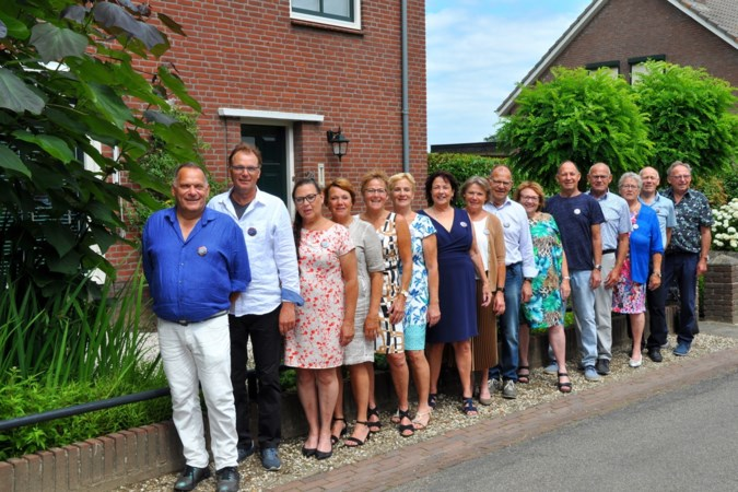 Vijftien broers en zussen Ponjee uit Bergen vieren duizendste verjaardag met familiekroniek