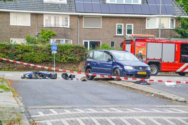 Scooterrijder raakt zwaargewond bij verkeersongeval in Hoensbroek