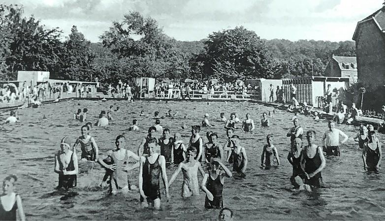 Gemengd zonnebaden: zo werd het zwembad van Rimburg plotseling landelijk nieuws