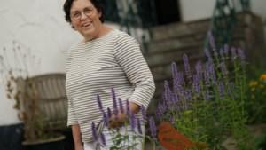 Na veertig jaar met talloze bevallingen geniet Jeanette Neggers uit Rimburg nog elke dag als verloskundige