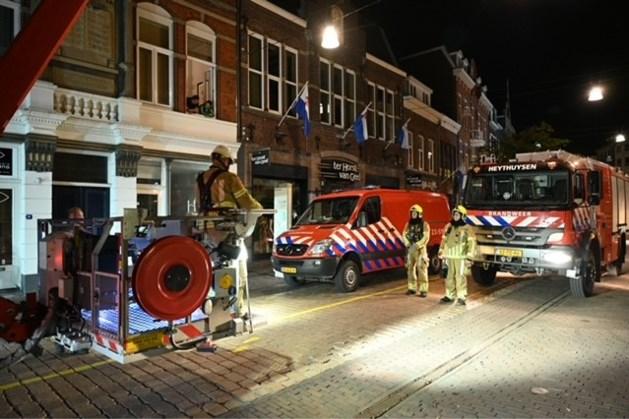 Brand in centrum van Roermond; bewoners na evacuatie weer naar huis