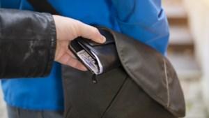 Politie waarschuwt wederom voor zakkenrollers rond de Markt in Sittard
