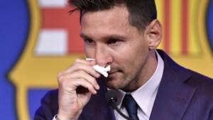 Messi in tranen op persconferentie over afscheid bij Barcelona: 'Alles gegeven voor deze club'