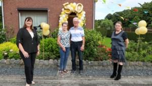 Burgemeester Nederweert feliciteert echtpaar met gouden huwelijk