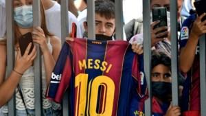 Een gebroken hart en spelers die het niet meer kan betalen: hoe moet het met Barça na het vertrek van Lionel Messi?