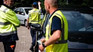 Marechaussee: drie boetes uitgedeeld bij controle coronabewijs