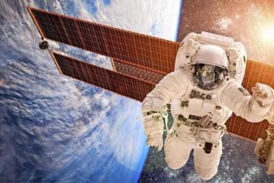 Ruimtepuin ramt satelliet: 'Risico voor economie'