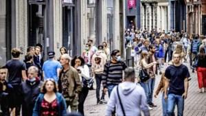 Spenderende consument trekt economie uit het slop: 'We zijn bijna uit de crisis'