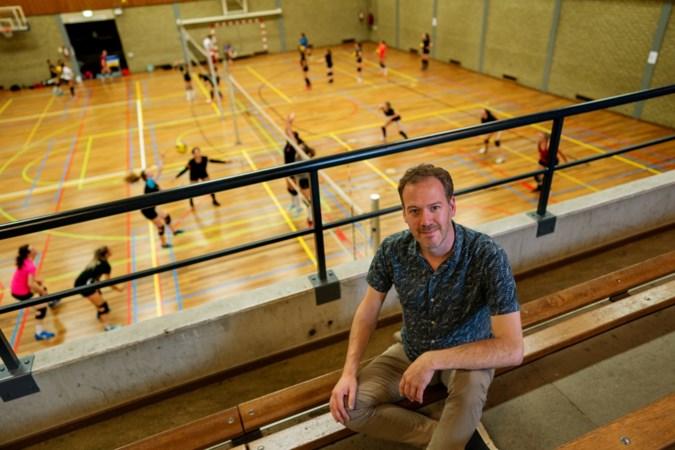 Volleybalcoach overleeft drie hartstilstanden; Rogier Veltrop zet zijn missie verder met een donorhart