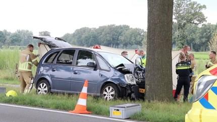 Automobilist overleden na eenzijdig ongeluk in Milsbeek