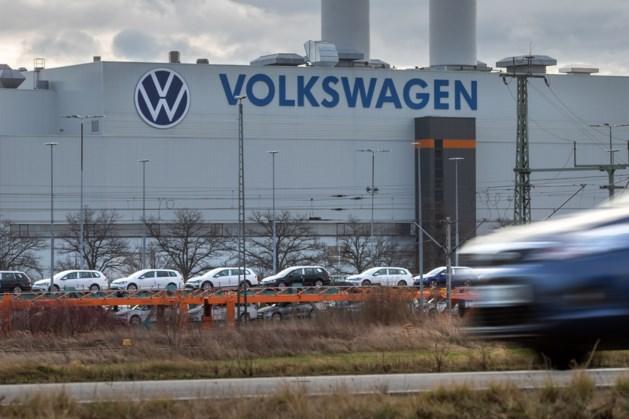 Langere zomerstop bij fabrieken Volkswagen vanwege chiptekort