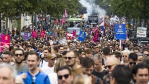 Protestmarsen: duizenden mensen eisen dat evenementen weer mogen plaatsvinden