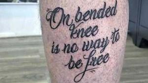 Peter Schouten tatoeëert levensmotto van Peter R. de Vries op been: 'Ik kon het niet laten'
