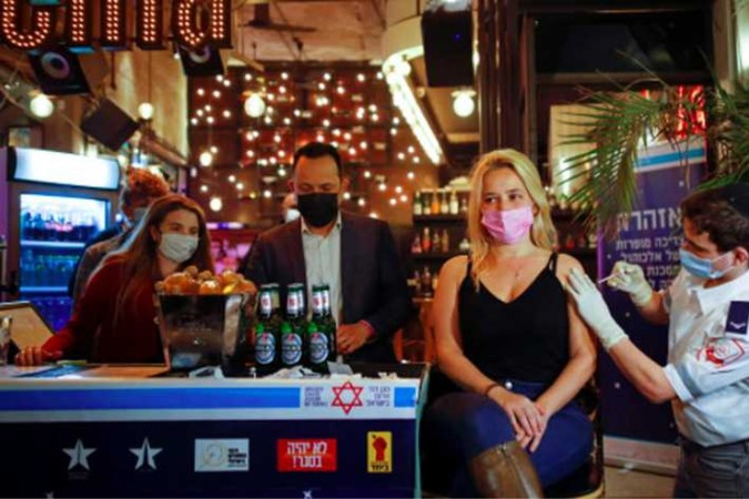 Derde prik nuttig? 'Boostershot' krikt in Israël bescherming op