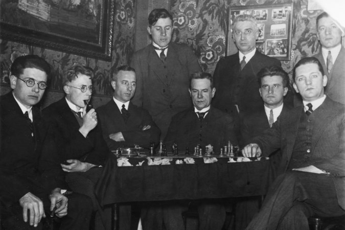 Hoe een kostbare erfenis van 700 schaakboeken een halve eeuw gedoe opleverde in Maastricht
