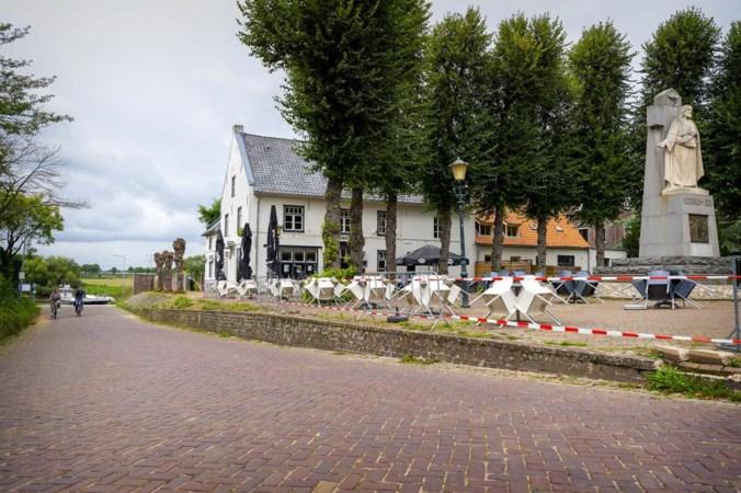 Tijdens de waterramp gesloopte reling in Steyl is nog altijd niet teruggeplaatst: 'Het is simpelweg een schande'