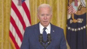 Emotionele Biden na aanslag Kaboel: 'Dit zullen we niet vergeven'