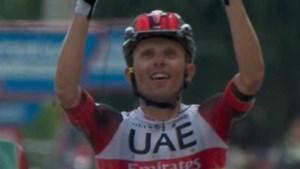Rafal Majka blijft met lange solo Steven Kruijswijk voor in Vuelta