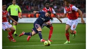 Mbappé schittert bij debuut Messi in shirt van PSG
