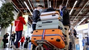 ANVR wil versoepeling reisadviezen bij stopzetten coronasteun