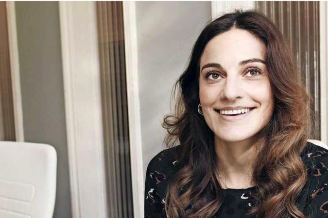 Yasmine (32) verdient 4000 euro per maand: 'Ik vraag me af waar al dat geld blijft'
