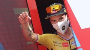 Roglic wint zware bergetappe in Vuelta en neemt leiding over