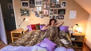 Agnes gebruikt Netflix als slaapmutsje: 'Slapen vind ik zonde van mijn tijd, maar het moet'