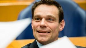 PvdA Roerdalen vreest hoge kosten voor wachtgeld als Van Helvert wethouder blijft