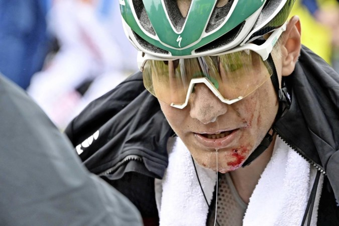 Dreun voor Wilco Kelderman: bekkenbreuk en twee gebroken ribben na val in Benelux Tour