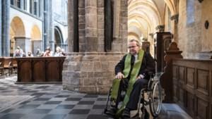 Zieke bisschop Harrie Smeets reist met naaste familie naar Lourdes