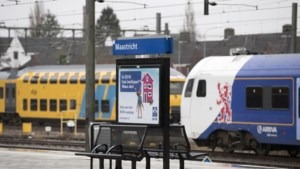 'Chill dat je er weer bent': spoorwegen verwachten drukte in trein bij begin nieuw studiejaar