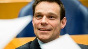 Van Helvert mag na kritische noot over wachtgeld wethouder blijven in Roerdalen