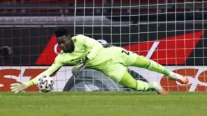Ajax schrijft keeper Onana in voor Champions League