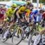 Door eigen woonplaats fietsende Dumoulin kijkt niet meer te ver vooruit: 'M'n vrouw, moeder en fanclub stonden langs de weg'