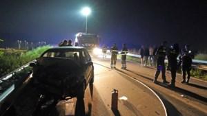 Politie zoekt vergeefs bestuurder na aanrijding op buitenring