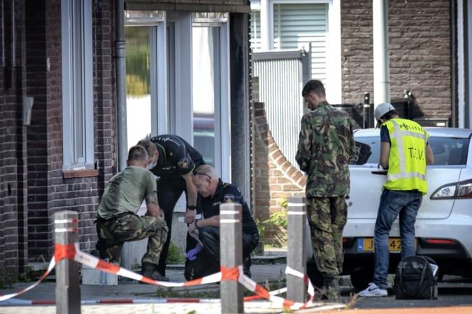 Explosieven Opruimingsdienst ruimt bom op in Hoensbroek