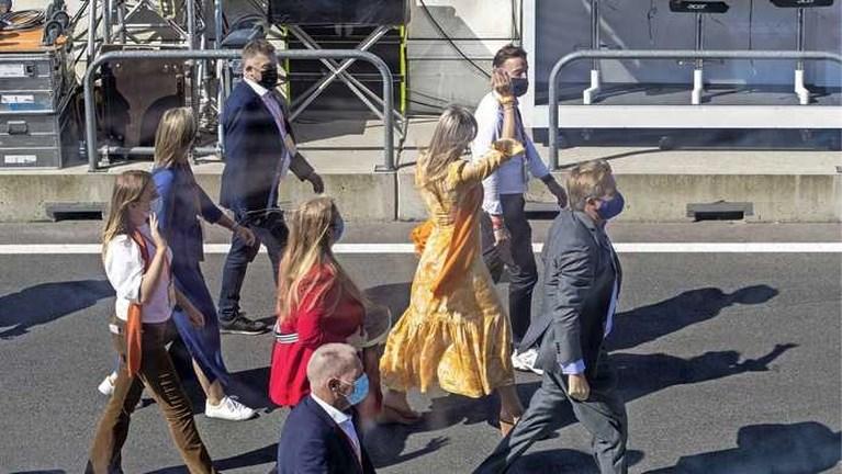 Koninklijke familie juicht voor Max Verstappen in Zandvoort