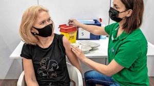 Nu vakantie ten einde loopt, barst vaccinatiediscussie op werkvloer los