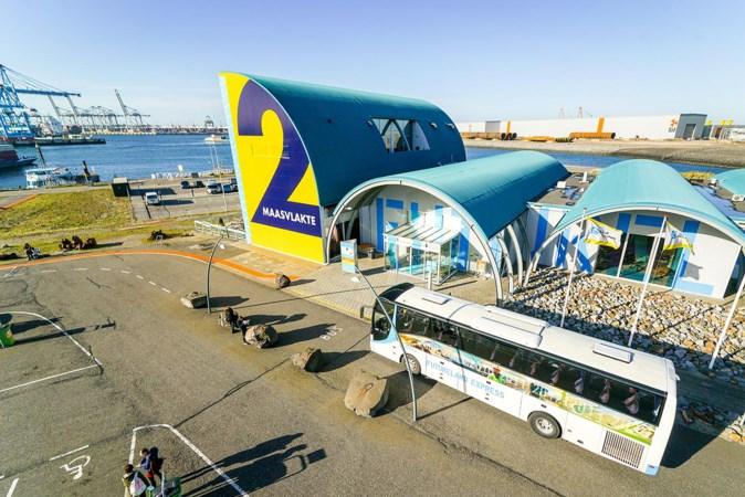 Dit is het nieuwe Rotterdam: 'Tussen de reusachtige containerschepen bij de Tweede Maasvlakte kijk je je ogen uit'